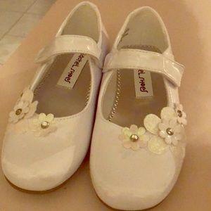 Girls dress shoes Size 12
